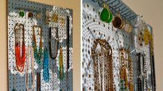 Bijoux panneaux perforés