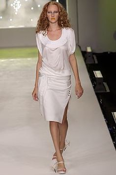 Boudicca Spring 2004 Ready-to-Wear Fashion Show