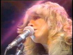 Fleetwood Mac - RHIANNON Live on the Midnight Special 1976 One of my favorite performances. Good Music, My Music, Music Film, The Midnight Special, Classic Rock Songs, American Bandstand, Stevie Nicks Fleetwood Mac, Rock Videos, Rock Of Ages