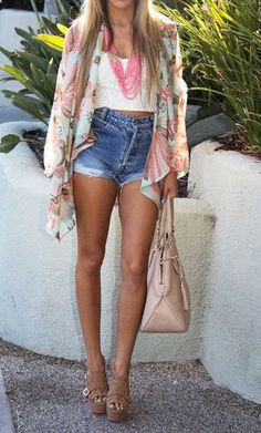 Ladies fashion///Jean shorts- Boho casual outfit.