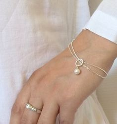 Swarovski Pearl Bracelet, Bridesmaids Bracelet gift , Bridesmaid Jewelry , Mothers of the Bride, Wedding , double chain bracelet by PearlAmourJewels on Etsy