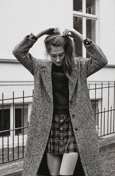 The New School - Streetwear Today on Behance Prep Style, My Style, The New School, Winter Looks, Sophisticated Style, Autumn Winter Fashion, Autumn Style, Preppy, Fashion Beauty