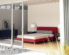 Best How To Dress A Platform Bed Master Bedroom Platform 640 x 480
