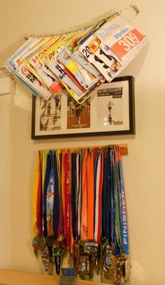 Display your races & medals! Now i can clear out my key rack!