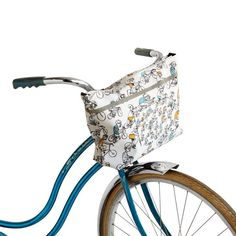 The Bike Tote Can Cleverly Attach and Detach From the Front of Your Bike #cyclist trendhunter.com