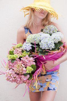 Love Flowers, Colorful Flowers, Hydrangea Colors, Hydrangeas, Hydrangea Garden, Mommy Style, Grand Designs, Summer Of Love, House Plants