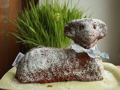 Vláčný velikonoční beránek s třtinovým cukrem