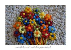 """""""FALANDO DE CROCHET"""": FLOR DE CROCHE PÉTALAS EM PONTO PIPOCA E MIOLO PONTO BOLA http://falandodecrochet.blogspot.com.br/2012/07/flor-de-croche-petalas-em-ponto-pipoca.html"""