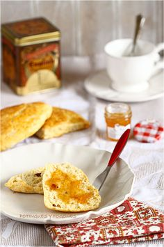 Scones with nuts