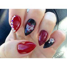 Valentine's Shmalentine's  #gelsbysasha #biteme #stilettonails #rednails #Swarovski #vegasnails
