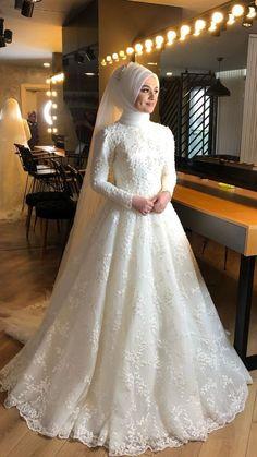 Muslim Wedding Gown, Hijabi Wedding, Muslimah Wedding Dress, Muslim Brides, Pakistani Wedding Dresses, Modest Wedding Dresses, Bridal Dresses, Wedding Gowns, Bridesmaid Dresses