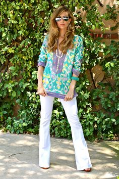 love the tunic with white jeans.