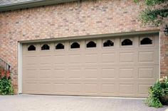 Thermacore® Insulated Garage Door  | Standard Design 297 Model | Thermacore® Collection | Learn more at overheaddoor.com