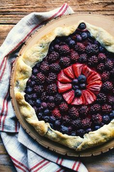 This beautiful Berry Pie looks delicious...!