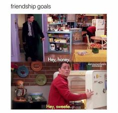 17 of the funniest Friends memes that are totally relatable The one where you wished you and your BFF were Chandler and Joey- CosmopolitanUK Friends Tv Show, Serie Friends, Friends Episodes, Friends Moments, Chandler Friends, Friends Show Quotes, Joey Friends, Friends Poster, Friends Cast