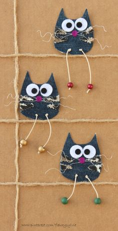 Cats! Made by www.pinterest.com/fleurysylvie #recycle #jean