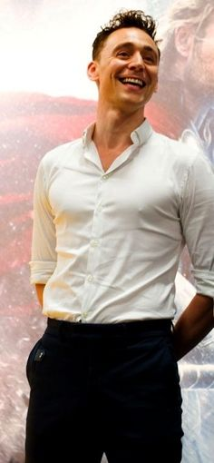 Never has a plain white shirt looked so enticing!  *wooooo!!!!*