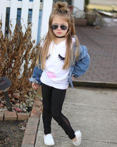 Pin by Tatiana Valeria Lugo Villalba on Moda niñas Cute Little Girls Outfits, Girls Fall Outfits, Outfits Niños, Little Girl Dresses, Cute Kids Fashion, Little Girl Fashion, Toddler Fashion, Toddler Girl Style, Toddler Girl Outfits