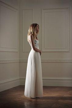 Fashion News | Primeira coleção noivas Needle and Thread - Portal iCasei Casamentos