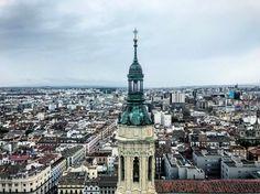 Zaragoza desde el cielo. España. #wanderlust #travel #traveling #viajar #viaje #landscape #panorama #torre #tower #city #ciudad #spain #españa #elpilar #basilica #sky #cielo #photography #fotografia #zaragoza #amazing