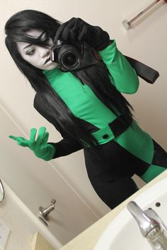 Character: Shego   Series: Kim Possible   Cosplay like a pro!