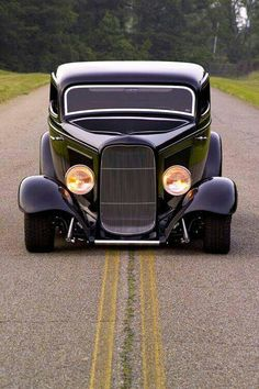 '32 Coupe - perfect stance