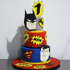 Batman vs Superman 2015 | Cool Batman Vs Superman Cakes ideas
