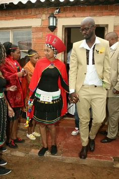 Mbali wore a traditional Zulu maiden outfit while her soon-to-be-hubby Black Coffee rocked a tan/beige suit. African Attire, African Wear, African Dress, African Clothes, South African Weddings, African American Weddings, African Traditional Dresses, Traditional Outfits, Zulu Traditional Attire