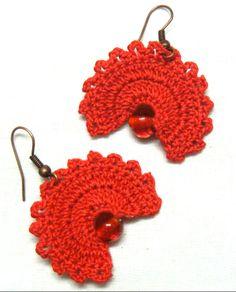 Fan earring pattern from a great source -   https://www.youtube.com/watch?v=NV2CjGu3EPs