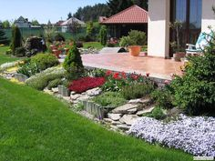 Interesting concepts to consider Patio Design, Garden Design, Garden Pictures, Outdoor Living, Outdoor Decor, Flower Beds, Yard Landscaping, Lawn And Garden, Pathways