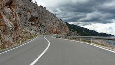 Magistrala Adriatycka, to najpiękniejsza droga w Europie. Biegnąca z północy na południe Chorwacji, wzdłuż Adriatyku gwarantuje niezapomniane widoki. #chorwacja #croatia  http://www.chorwacja24.info/przewodnik