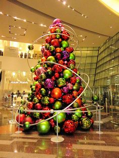 Aria Hotel - Las Vegas::Christmas Tree in the Atrium. Composed of over-sized colorful ball ornaments. Christmas Design, Christmas 2017, Christmas And New Year, All Things Christmas, Christmas Lights, Christmas Holidays, Merry Christmas, Christmas Displays, Jingle All The Way