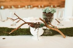 centerpiece with moss table runner