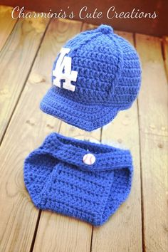 crochet los angeles dodgers baby hat and diaper cover  www.facebook.com/charminiscutecreations