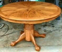 Round Dining Room Tables, Dining Rooms, Pedestal, Table Designs, Leaves,  Changu0027e 3, Tigers