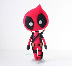 Deadpool Doll, Marvel Comics, Dolls, Handmade Dolls, Gifts for kids, Gifts for him, Deadpool Birthday de HojitadeLaurel en Etsy