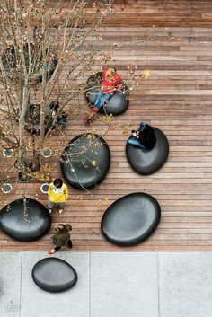 The SoMA Stones | Outdoor seating | Brannan Building | Concreteworks+Meyer + Silberberg Land Architects | San Francisco, California