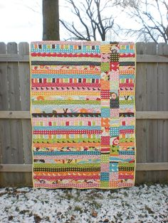 Jelly roll + charm pack = quick afternoon quilt. this would be soo easy and quick @Lauren Davison Davison Davison Goelz