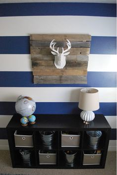 great boards to mount antlers love the rustic wood