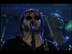 """Steve Earle - Dylan Cover (Live 1996) Fantastic end to the 1996 live MTV show called """"To Hell and Back"""" of Steve Earle performing with the best Dukes line up and the awesome Custer on drums."""