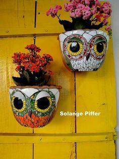 Mosaic Planters, Mosaic Garden Art, Mosaic Flower Pots, Mosaic Art, Mosaic Crafts, Mosaic Projects, Tile Crafts, Mosaic Ideas, Art Projects