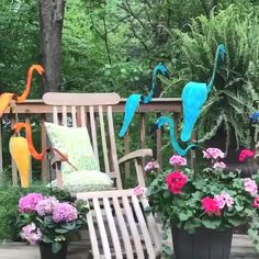 Garden Deco, Garden Art, Dream Garden, Lawn And Garden, Tropical Landscaping, Backyard Landscaping, Landscaping Ideas, Wind Sculptures, Garden Sculpture