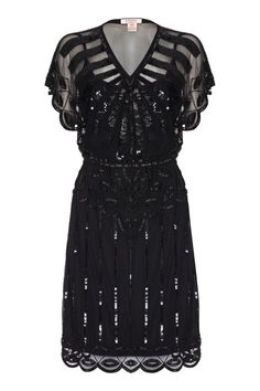 This Great Gatsby era Roaring Twenties Inspired Dress in Black is the essence of elegance. It is embellished with gold hand-work for an eye-catching, classic effect Vintage Fur, Vintage Gowns, Vintage Ideas, 1920s Fashion Dresses, Vintage Fashion, Fashion 1920s, Women's Fashion, Roaring Twenties, The Twenties