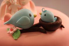 Cute fondant birds.