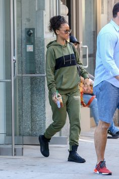August 23: Rihanna out in NYC.