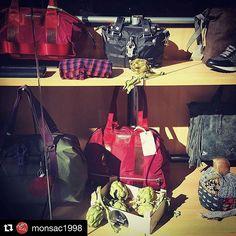 #Repost @monsac1998 with @repostapp ・・・ El nostre establiment participe a les 5 Jornades de la carxofa, Cambrils amb #xarxadelport  #igerscambrils #cambrils #xarxadelportcambrils #cambrilsturisme #costadorada #gastronomia #jornadesdelacarxofa #encarxofat #bolsos #maletas #marroquineria #cambrilsfornia #botiguerscambrils #comerçcambrils #igerszgz #igerslleida #igersbcn #igerstgn #igers_reus #raconsde_detalls #encarxofat_cambrils