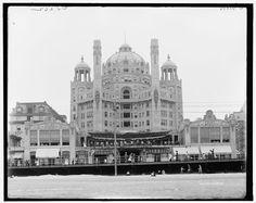 The Malborough Blenheim Hotel on the Atlantic City Boardwalk