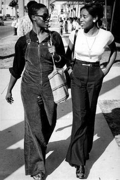 45 Incredible Street Style Shots From The '70s   Le Fashion   Bloglovin'