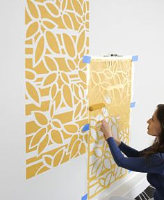 Stenciling Instructions step-by-step. Learn How To Stencil a Wall