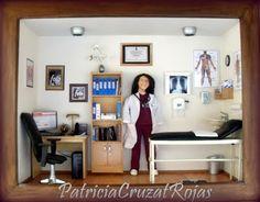 Patricia Cruzat Artesania y Color: Para una Gran Doctora, un Gran Cuadro con Miniaturas y su Figura Personalizada.
